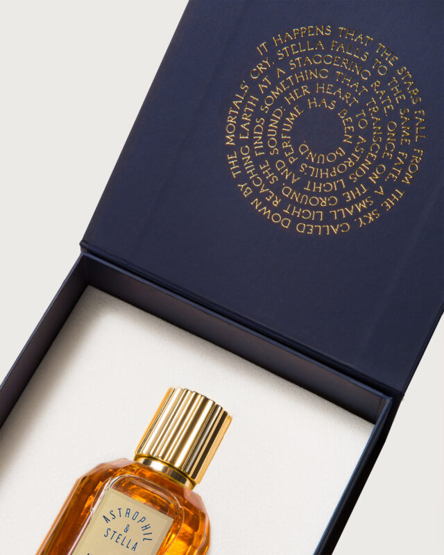 Astrophil Stella Perfume Amberlievable interno
